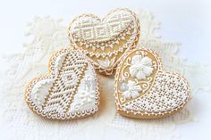 ★ Cross-Stitch Royal Icing just because are beautiful