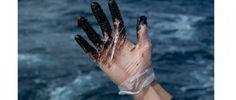 Hundimiento del Oleg Naydenov en aguas canarias. Foto: Greenpeace