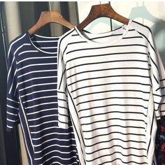 NWOT Top Navy and white striped top! Stripes change direction to create a flattering shape and look! No Brand Tops Tees - Short Sleeve