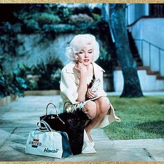 Marilyn on the set of Something's Got To Give in 1962. ♡♡ . #marilyn #monroe #normajeanebaker #normajeane #mm #marilynmonroe #manroes #marilynettes #vintage #beauty #oldhollywood #classichollywood #vintagehollywood #moviestar #icon #legend #myedit #1962 #60s #1960s RG @immaculate.marilyn.monroe
