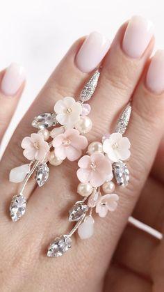 Rhinestone Earrings, Bridal Earrings, Flower Earrings, Wedding Jewelry, Hair Jewelry, Beaded Jewelry, Wedding Accessories, Hair Accessories, Hair Grips
