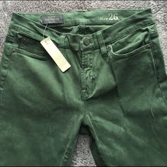 Jcrew Toothpick Ankle Skinny Jean Brand new ankle skinny jeans from jcrew! They're an olive color with a soft suede like feel. J. Crew Pants Skinny