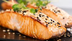 What are the best foods to eat while pregnant? Here are 15 of the best nutrient-rich foods you can eat when you're pregnant! Pan Seared Salmon, Grilled Salmon, Baked Salmon, Honey Salmon, Spicy Salmon, Healthy Meats, Easy Salmon Recipes, Anti Inflammatory Recipes, Healthy Dieting