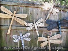 Made with table legs and ceiling fan blades…how neat are these?! Diy Table Legs, Garden Fencing, Backyard Fences, Bunt, Fan Blade Dragonfly, Dragonfly Art, Garden Crafts, Garden Projects, Diy Crafts
