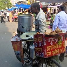 De­lhi/Indien­ - Essen auf ­Rädern Coffee Cans, Canning, Food, Food On Wheels, Destinations, Viajes, Essen, Meals, Home Canning
