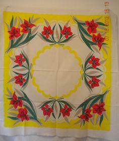 vintage 40s flowers pique tablecloth