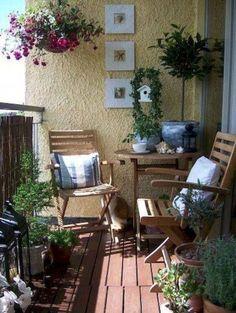 Apartment Patio Garden Ideas Tiny Balcony Terraces Ideas For 2019 Small Balcony Decor, Small Balcony Garden, Small Patio, Balcony Ideas, Small Balconies, Small Porches, Patio Ideas, Balcony Hanging Plants, Small Balcony Design