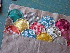 easy applique Clamshells from Circles — Stitched in Color Applique Stitches, Raw Edge Applique, Machine Applique, Quilt Tutorials, Sewing Tutorials, Sewing Crafts, Sewing Projects, Patch Quilt, Quilt Blocks