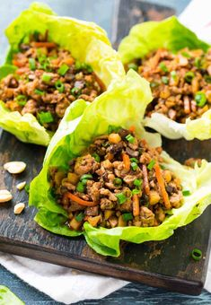 Easy Asian Lettuce made in the slow cooker or on the .- Easy Asian Lettuce made in the slow cooker or on the stove. Protein packed, crunchy, and full of flavor! Asian Chicken Lettuce Wraps, Lettuce Wrap Recipes, Easy Chicken Lettuce Wraps, Ground Turkey Lettuce Wraps, Clean Eating Recipes, Clean Eating Snacks, Healthy Recipes, Mince Recipes, Bariatric Recipes