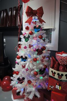 minnie mouse tree decorations - Mickey And Minnie Mouse Christmas Decorations