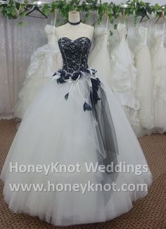 Corset Lace Top Wedding Gown---cute for my Halloween wedding