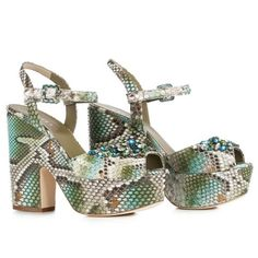 LE SILLA Sandal In Camouflage Colour In Dibujo Python And Crystals. #lesilla #shoes #sandals