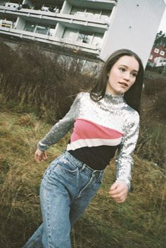 Sigrid proving glitter is always the answer