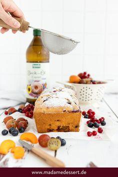 Sommerkuchen mit wenig Zucker – So lecker kann ein zuckerreduzierter Kuchen mit Früchten und Beeren sein   Madame Dessert {enthält Werbung}