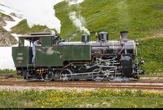 Net Photo: 704 Dampfbahn Furka Bergstrecke HG at Realp, Switzerland by Georg Trüb Lego Trains, Old Trains, Swiss Railways, Choo Choo Train, Steam Railway, Train Pictures, Steam Engine, Steam Locomotive, Diesel Engine