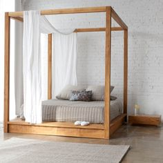 PCH Canopy Bed   solid teak and minimalist design