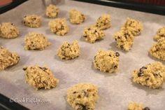 Μπισκότα βρώμης με κομματάκια σοκολάτας ⋆ Cook Eat Up! Muffins, Food And Drink, Cookies, Breakfast, Desserts, Recipes, Crack Crackers, Morning Coffee, Tailgate Desserts