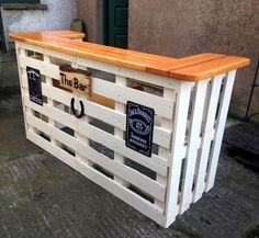 Milk & Honey Pallet Bar - 130+ Inspired Wood Pallet Projects | 101 Pallet Ideas - Part 11