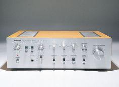 Yamaha Stereo Amplifier - Designed by GK Design Group - Retro vintage audio equipment Yamaha Speakers, Yamaha Audio, Stereo Amplifier, Hifi Audio, Audio Equipment, Audiophile, Techno, Retro Vintage, Group