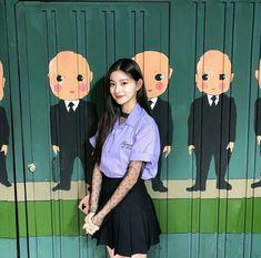 wang yiren from everglow✨ Cute Girls, Cool Girl, Cute Beauty, Japan Girl, 1 Girl, Ulzzang Boy, K Idols, South Korean Girls, Girl Crushes