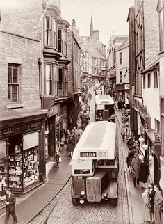 Photos of 'Lost Durham' to go on display Uk History, Local History, British History, Durham England, North East England, Durham Police, Durham City, St Johns College, Bishop Auckland
