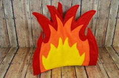 DIY Campfire! Cute for a Camp Themed Classroom