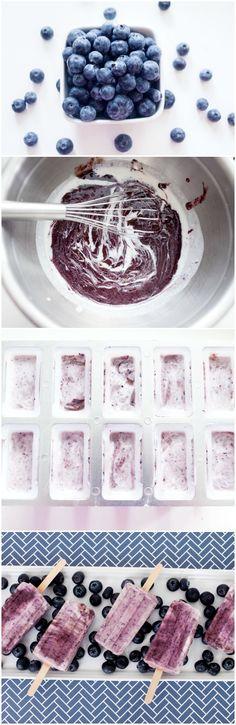 3 ingredient blueberry coconut protein popsicles! Such a refreshing recipe- fotografie ijsjes maken- bosbessen