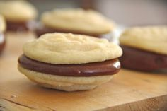 Coast With Me: Vanilla Sandwich Cookies with Nutella Cream Cheese Filling