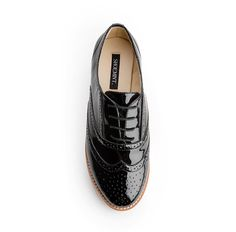 Feminine touch to the mans oxford