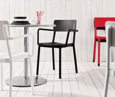 Fauteuil design empilables pour terrasse - Sledge