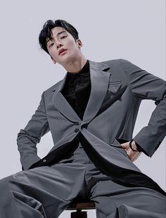 Chani Sf9, Sf 9, Handsome Korean Actors, Asian Love, Bts Korea, Korean Men, Celebs, Celebrities, Kpop