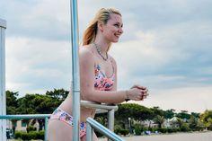 Retrouve les maillots de bain Protest pour te balader sur les plage ou simplement profiter de ta piscine ! Profite de ton été 2020 ! #bikini Black Noir, Shooting Photo, Bikinis, Photos, Surfer Girl Fashion, Unitards, Travel, Pictures, Bikini