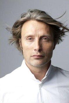 """Mads Mikkelsen. Mon acteur préféré, vous l'aurez compris. A voir absolument dans """"Royal Affair"""""""
