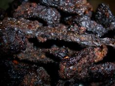 Trail Chef: World's Best Beef Jerky - Whip up a batch of this easy and delicious homemade jerky tonight! - Oven made Whip up a batch of this easy and delicious homemade jerky tonight! Smoker Beef Jerky, Jerky Marinade, Best Beef Jerky, Beef Jerkey, Venison Jerky, Homemade Beef Jerky, Homemade Smoker, Deer Jerky Recipe, Simple Beef Jerky Recipe