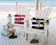 Arredamento casa al mare in stile shabby chic - Outdoor con sedie shabby chic