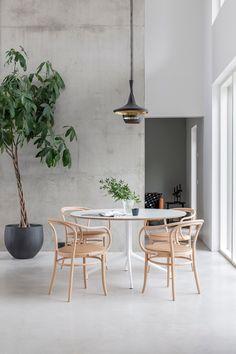 75 Vintage Dining Table Design Ideas DIY – Best Home Decorating Ideas Estilo Interior, Interior Styling, Interior Decorating, Decorating Ideas, Interior Design Inspiration, Room Inspiration, Design Ideas, Daily Inspiration, Design Projects