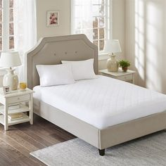 Have you been searching endlessly for an all-cotton mattress pad only to find that they have polyester fill or a polyester backing and skirt. The good news is that your search is over. This mattress pad has a 100% cotton percale top. We quilt the top with a generous amount of cotton fill. Then we go the extra step and add a 100% cotton percale reverse. The skirt is also cotton with just a drop of Spandex to ensure a snug non slip fit on your mattress.