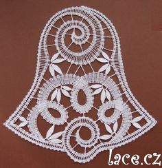 Bobbin Lace Patterns, Lacemaking, Lace Heart, Lace Jewelry, Lace Knitting, Lace Detail, Needlepoint, Butterfly, Christmas