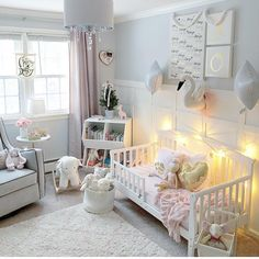 "454 Likes, 8 Comments - NurseryDecor Baby Style (@posh_baby_) on Instagram: ""@julie.ann.home shared her darling #toddlers nursery with us. So fun and festive """