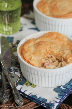 Gruyere and Ham Mac and cheese pot pies