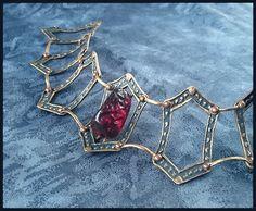 Melisandre's necklace by Trillink.deviantart.com on @DeviantArt