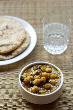 methi chole recipe - spicy punjabi fenugreek and chickpeas curry. goes well with roti, rice, naan, poori or bhatura.