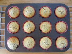 Gunns momsemat: Blåbærmuffins Breakfast, Desserts, Food, Breakfast Cafe, Meal, Hoods, Dessert, Postres, Morning Breakfast