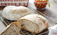 Fransk-landbrød-med-surdeig Food And Drink, Baking, Rugs, Farmhouse Rugs, Bakken, Backen, Rug, Sweets, Pastries