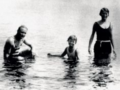 Scott, Scottie, and Zelda vacationing on the French Riviera, 1926.
