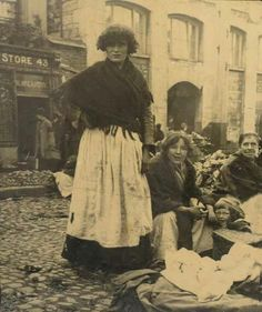 It's likely this woman is standing across the road from 43 Meath Street, listed as a provisions store in Thom's 1862 Directory. This is possibly an earlier incarnation of the same store (The Liberties, Dublin, Ireland) Photos Du, Old Photos, Vintage Photos, Irish Costumes, Old Irish, Images Of Ireland, Irish People, Castles In Ireland, Irish Culture