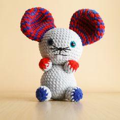 Cute crochet animals by Krempi.
