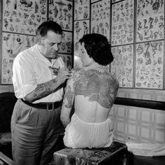 tattooed women in the 1920s