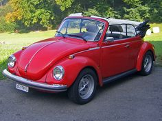 vw 1303 cab bright red and lowered the super beetles. Black Bedroom Furniture Sets. Home Design Ideas