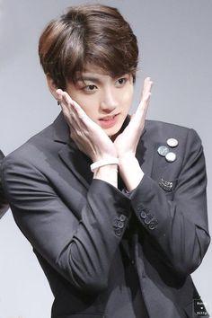Resultado de imagen para jeon jungkook